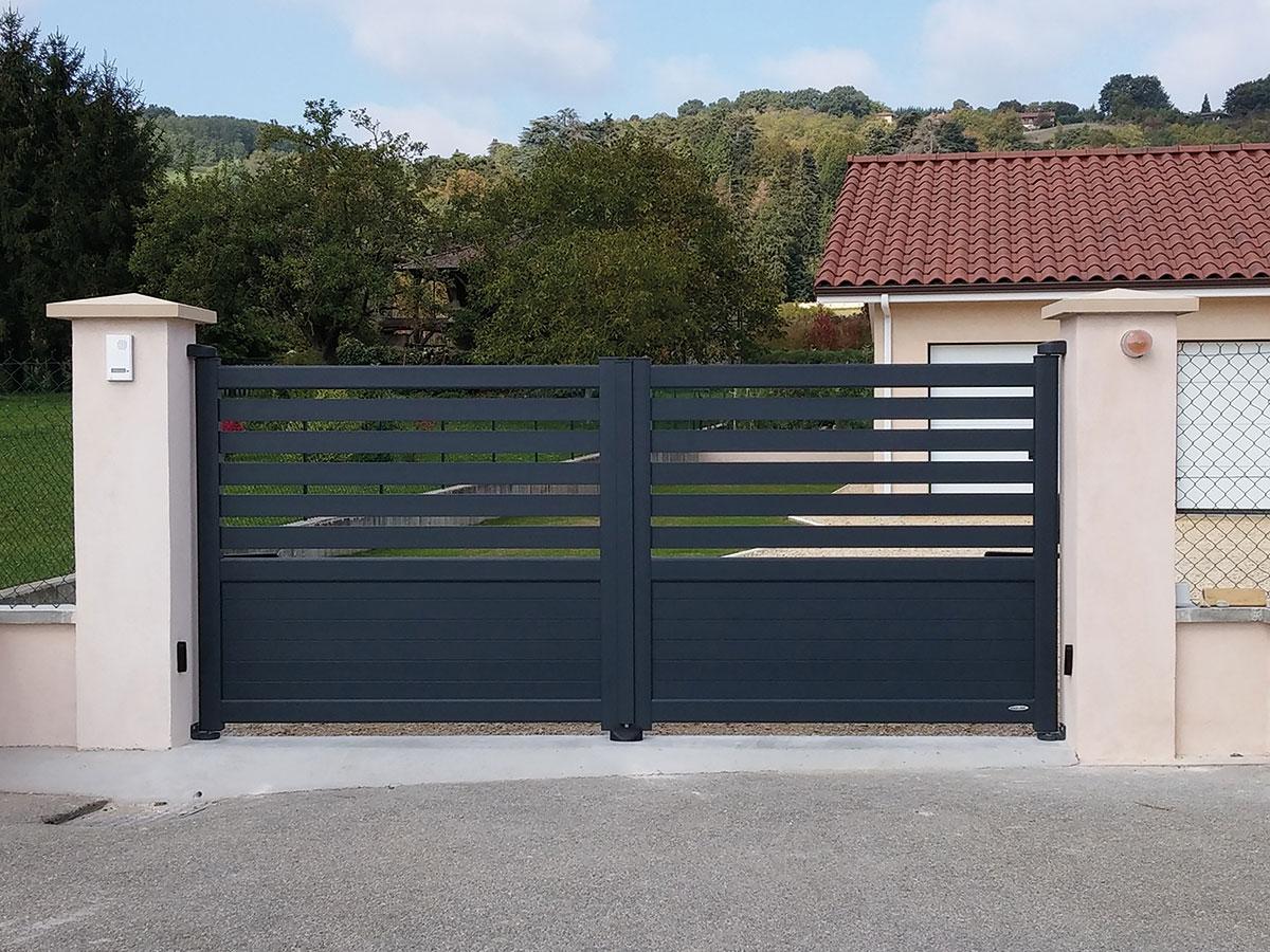Portail aluminium Ambre Côté portail