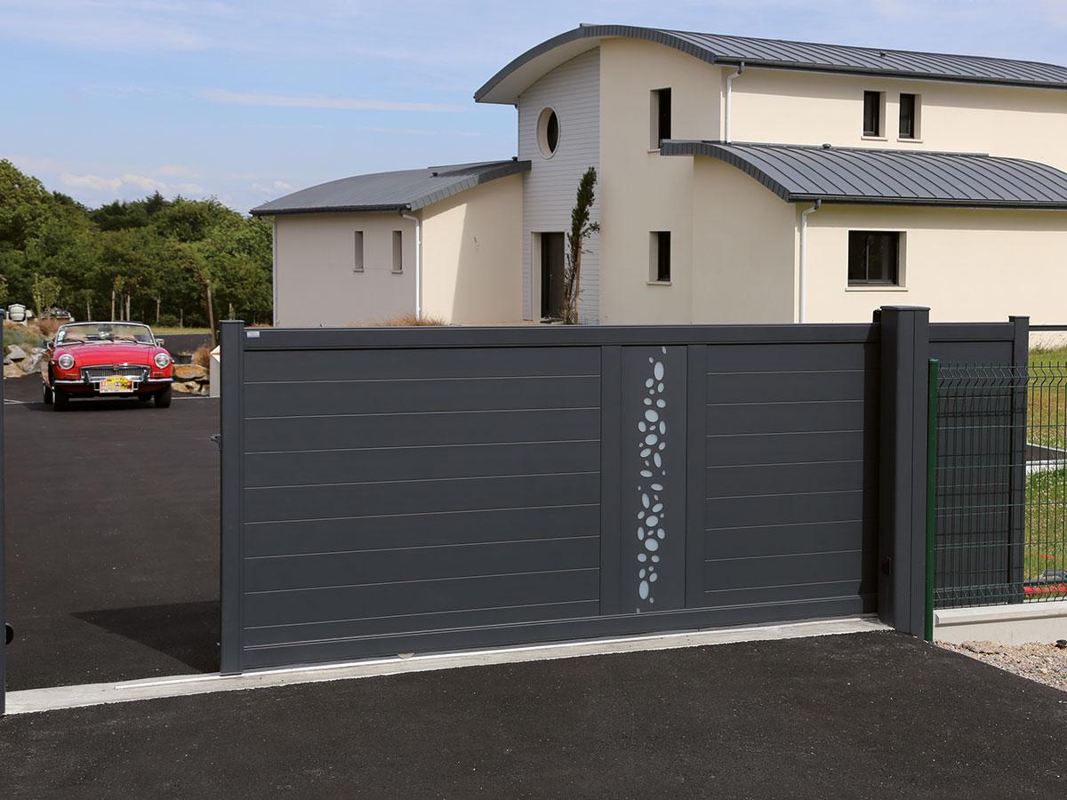 Portail aluminium Écume Côté portail